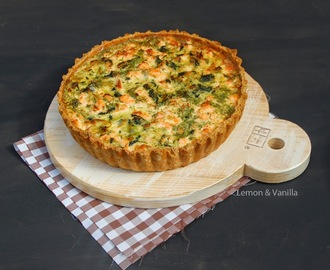 Salmon and spinach quiche / Quiche de salmão e espinafres.