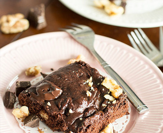 Fudgy Brownies with Walnuts ♦ Vegan and Soy Free