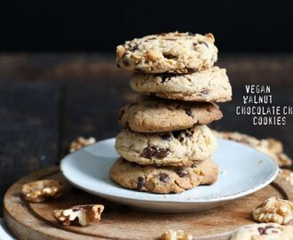 Vegan Walnut Chocolate Chip Cookies