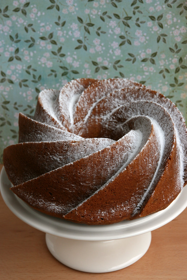 Bund Cake de chocolate blanco y nueces
