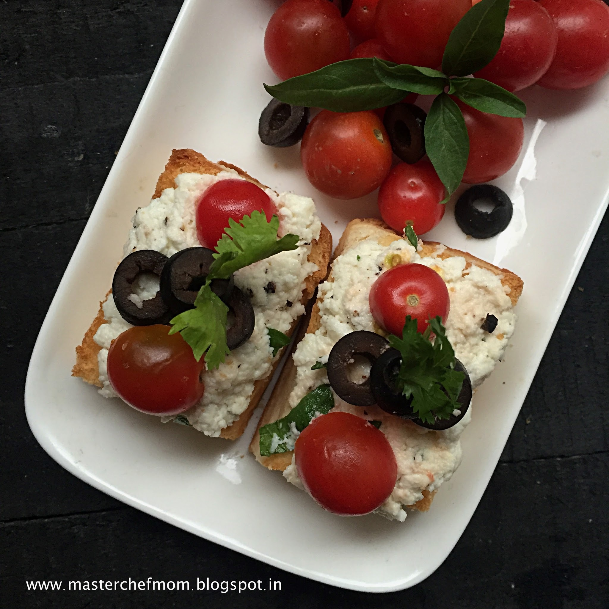 Italian Ricotta Crostini with Olives and Cherry Tomatoes |Party Appetiser | How to make Crostini at Home | Quick and Easy Recipe | Stepwise Pictures