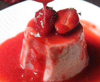 Strawberry Panna Cotta Recipe / Panna Cotta With Strawberry Sauce Recipe