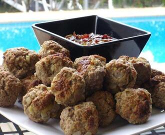 Spicy meatballs with savoury jam