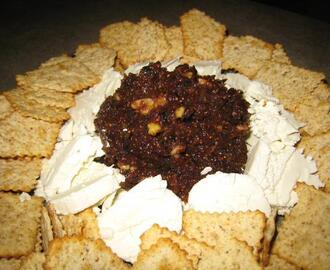 Walnut and Fig Tapenade With Goat Cheese