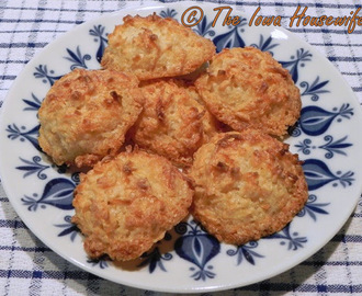 Family Favorites...Easy Coconut Macaroons
