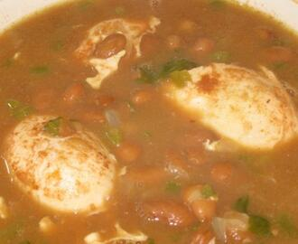Sopa De Frijoles Con Huevos (Bean and Egg Soup)