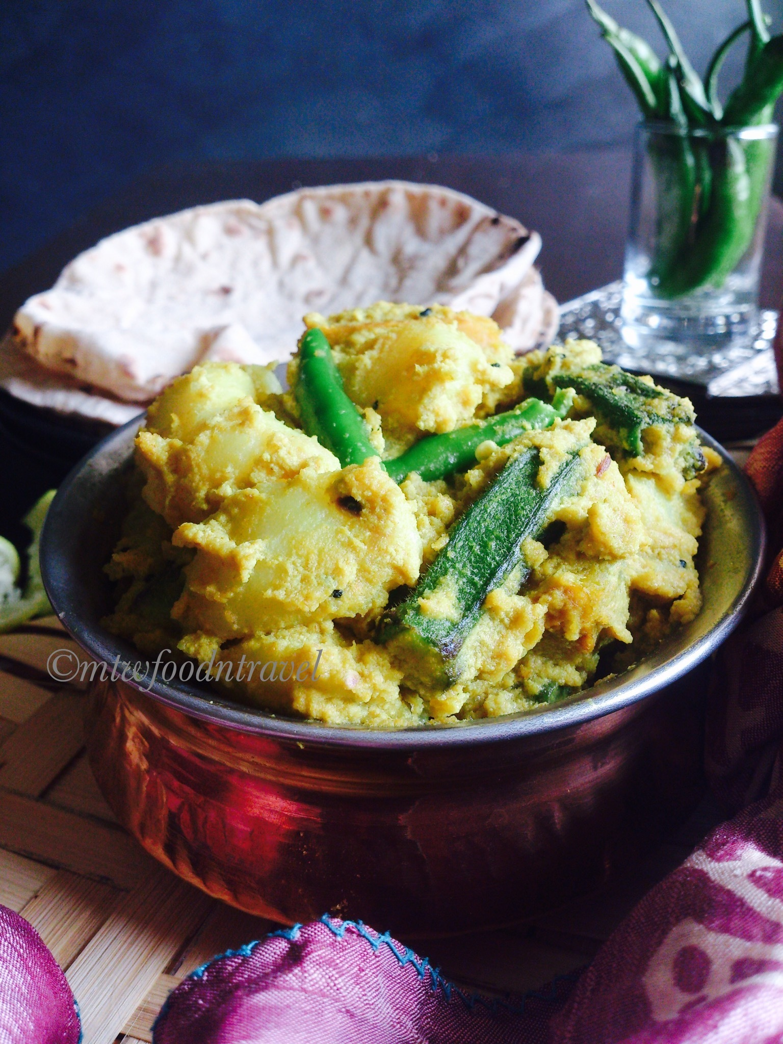 MIXED VEGETABLES IN POPPY SEEDS GRAVY/ ALOO,KUMRO,DHAROSH POSTO - MY UMBILICAL CONNECT