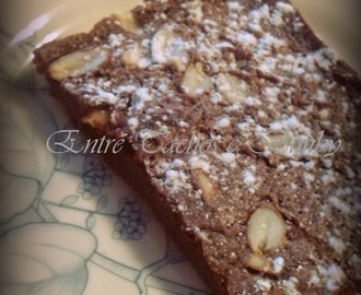 Brownie de Chocolate, Amendoins e Caramelos