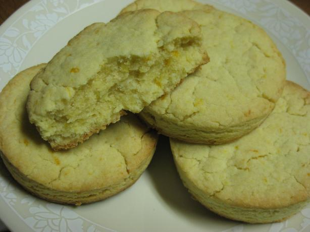 Polvorones (Mexican Wedding Cakes)