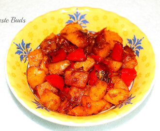 Aloo shimla mirch / Potato & capsicum stir fry
