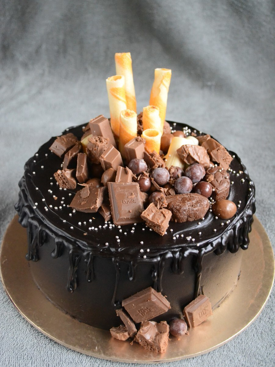 Eggless Ultimate Choco Drip Cake – Video Recipe