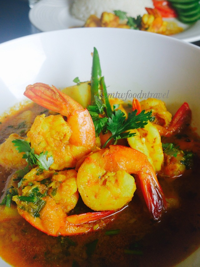 MA'S PRAWN CURRY/MAAYER HATHER CHINGRI MACHER JHOL - RECIPE OF LOVE