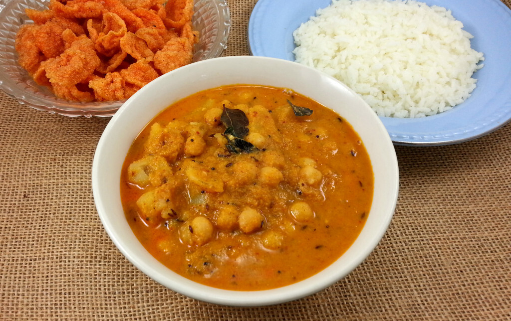 CHANE GHASI / CHICKPEAS GRAVY – MY MOM'S RECIPE