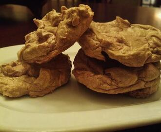 South Beach Diet Friendly Chocolate Meringue Cookies