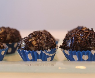 Brigadeiro Chocolate de leite | Truffles of milk chocolate