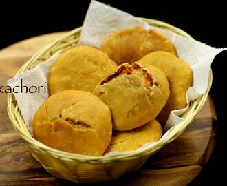 kachori recipe | khasta kachori recipe | moong dal kachori recipe