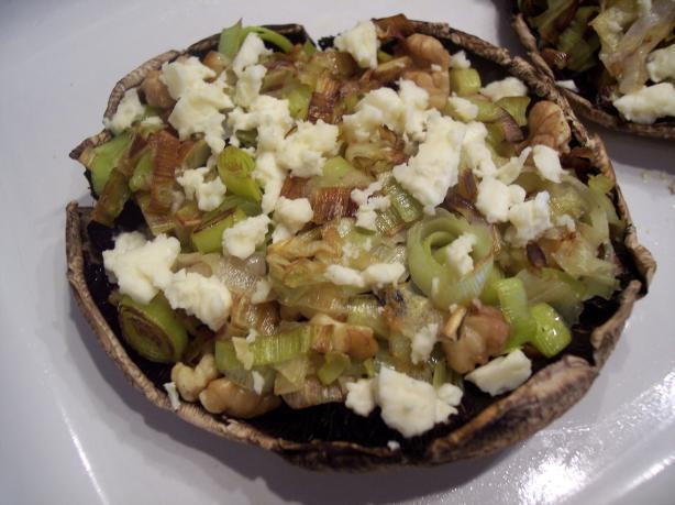 Stuffed Mushrooms With Leeks, Blue Cheese and Walnuts.