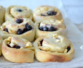 Thermomix Apple and Blueberry Scrolls