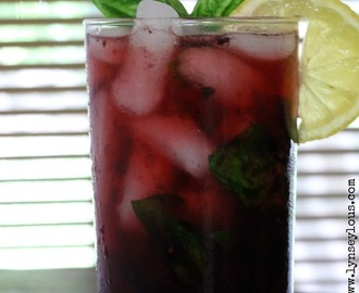 Blackberry Lemon Spritzer