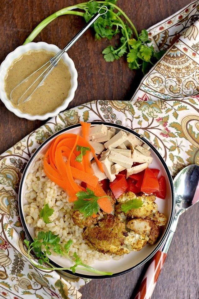 Roasted Cauliflower & Rice Bowl