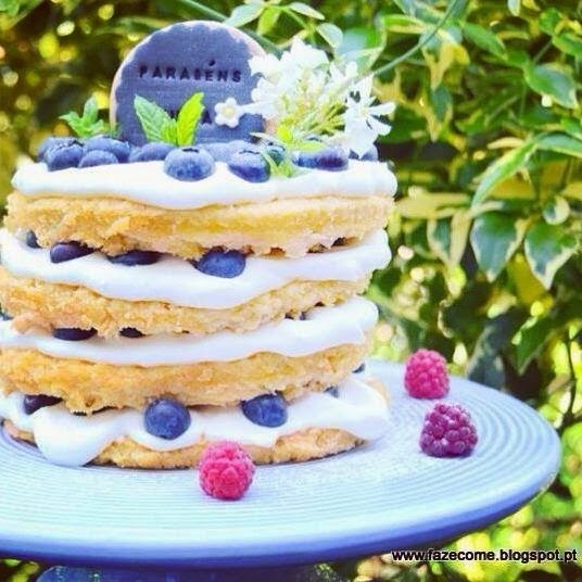 Naked cake de mirtilos