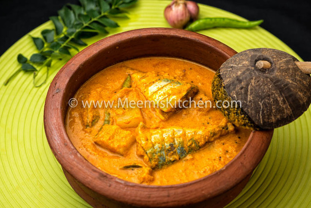 Ayala Curry (Mackerel) with Mangoes