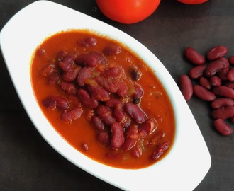 Rajma Rasmisa/Red Kidney Beans In Onion-Tomato Masala