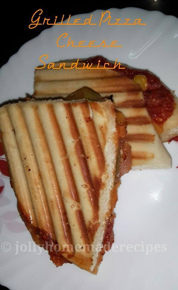 Pizza Grilled Cheese Sandwich Recipe, How to make Grilled Cheese Sandwich Recipe
