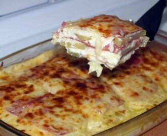 Pastel de patatas, queso y bacon
