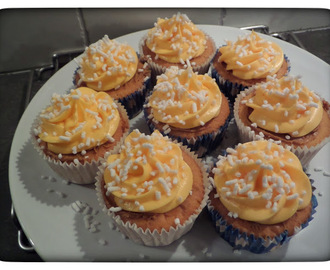 Cupcake Orange Cream met Oranje MonChou-Topping