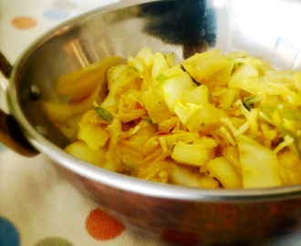 Simple Cabbage Thoran | Spicy Cabbage Fry | Indian Style