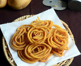 Easy Potato Murukku – Potato Chakli Recipe - Murukku Varieties