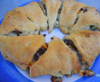 Swiss & Beef Crescent Ring