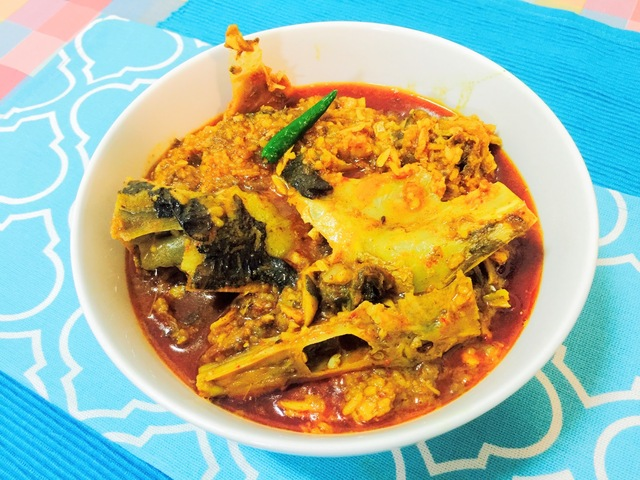 MUROGHONTO..... BENGALI FISH HEAD CURRY