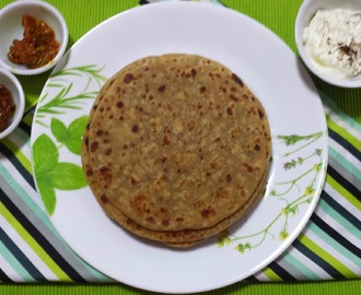 STUFFED CHICKEN PARATHAS [CHICKEN KEEMA PARATHAS]