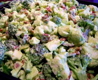 Italian Cauliflower and Broccoli Salad