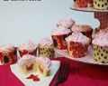 Cheese strawberry cupcakes
