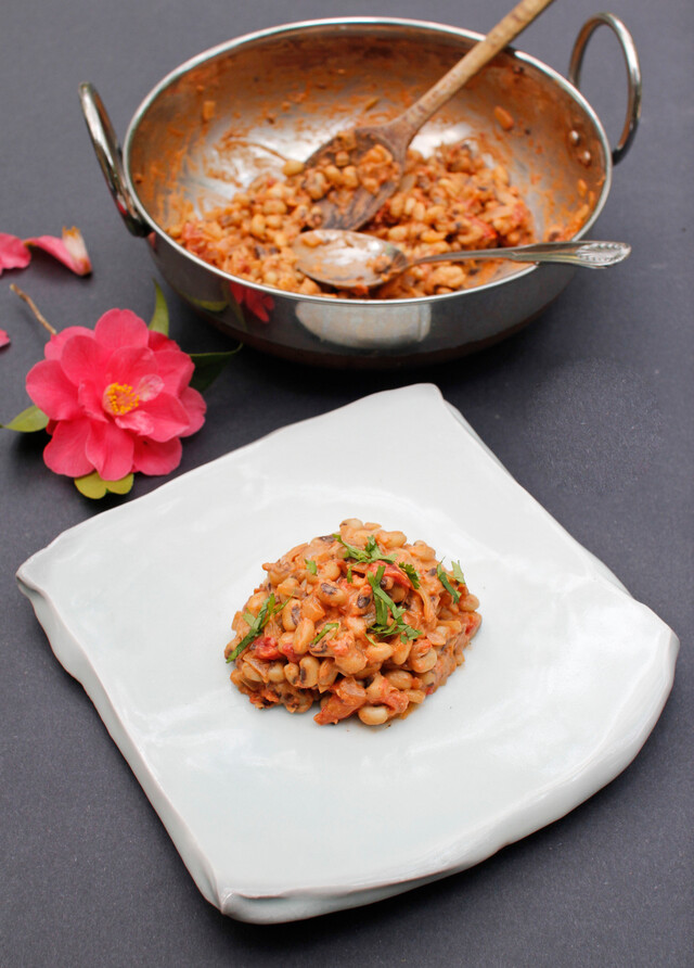 A Simple Indian Summer Salad of Black Eyed Peas