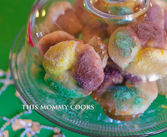 Mini King Cake Rolls {Sweet Treat Tuesday}