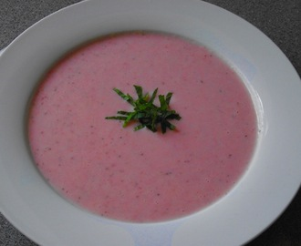 Strawberry and Cardamom Soup