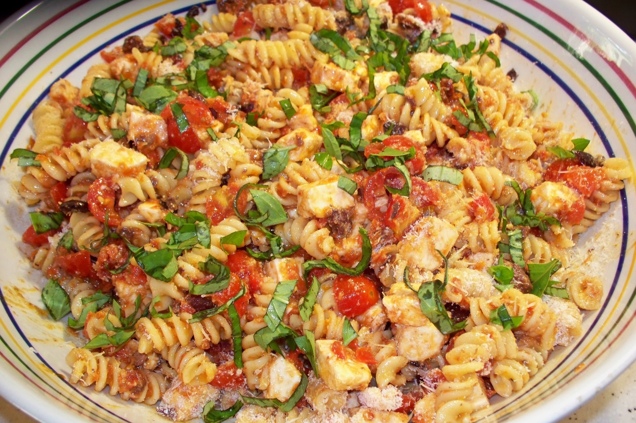 PASTA SALAD WITH SUN DRIED TOMATO DRESSING