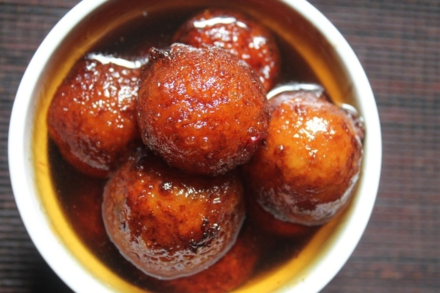 Potato Gulab Jamun Recipe - Aloo Jamun Recipe - Easy Diwali Sweets