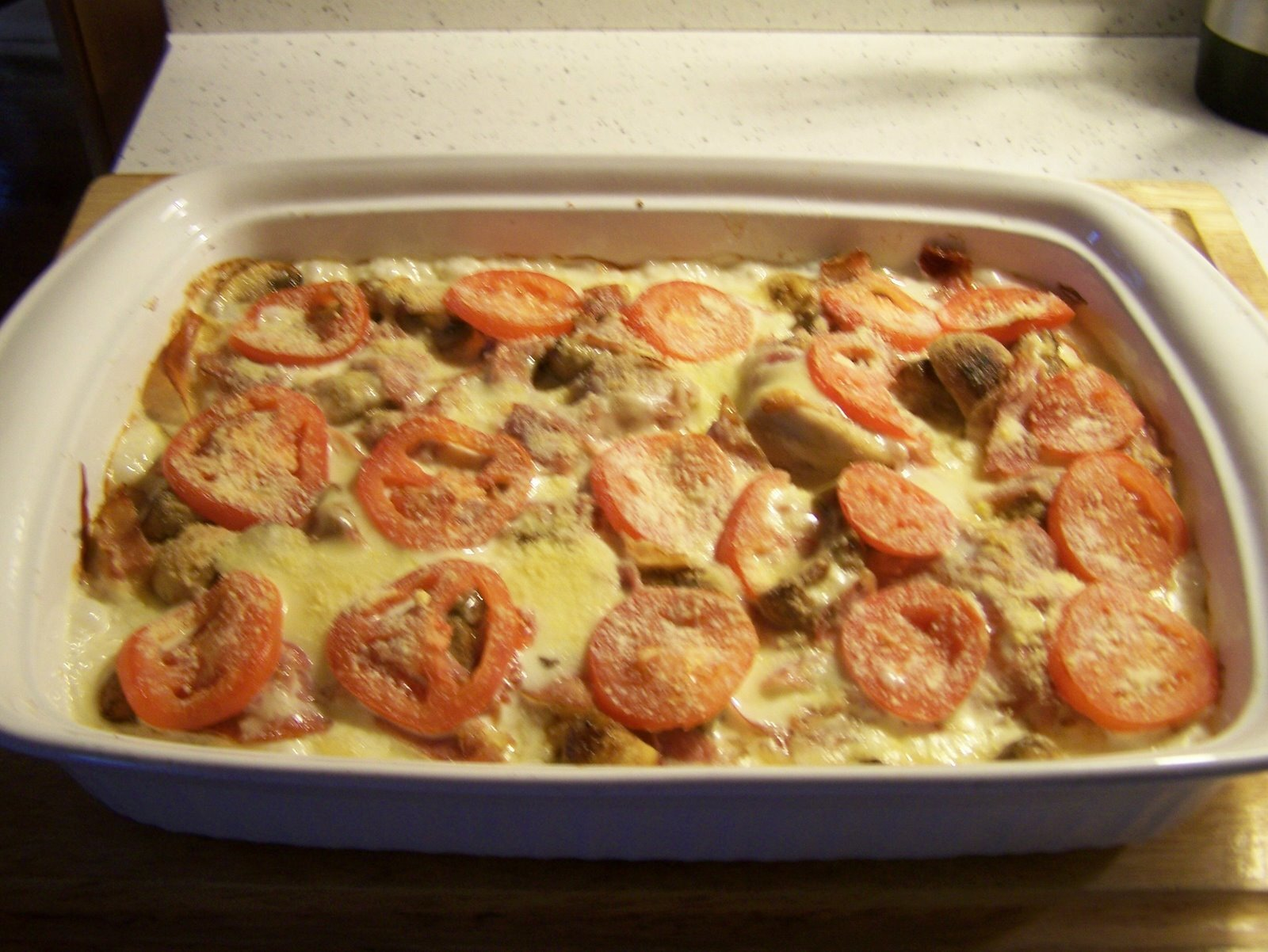 CHICKEN AND FONTINA CHEESE CASSEROLE