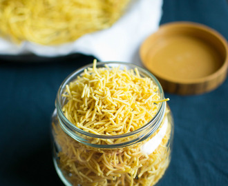 sev - omapodi - plain sev recipe - easy diwali snacks