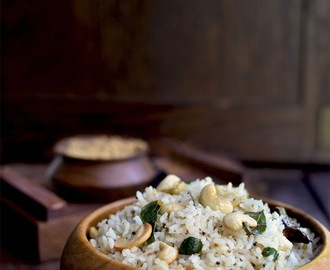 Rice with Urad dal spice powder (Ulundu Ogaray)