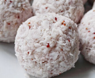 Raw Vegan Strawberry Coconut Truffles