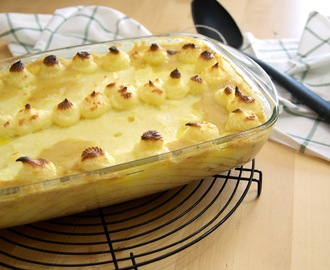 Empadão de caril de peixe do Jamie Oliver [Jamie Oliver's curried fish pie]