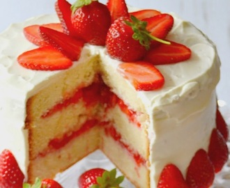 Layer cake fraises & citron.