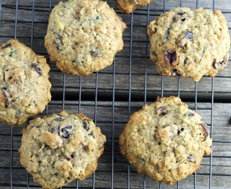 Zucchini Cranberry Oatmeal Cookies