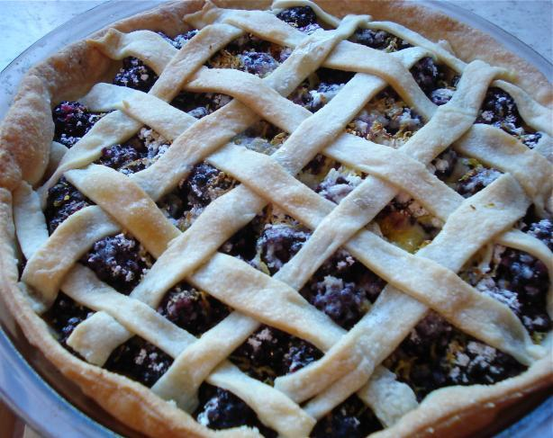 Old Fashioned Blackberry Pie